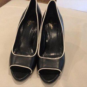 ❤️Final Drop❤️Vintage Brooks brothers heels